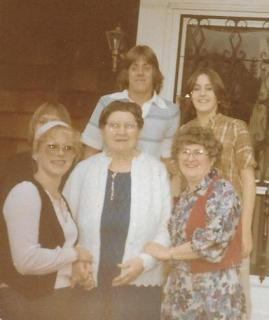 Family with Oma just before her passing in 1988